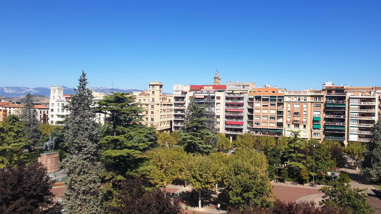 Piso en alquiler en Logroño de 129 m2. Ref: AP0128