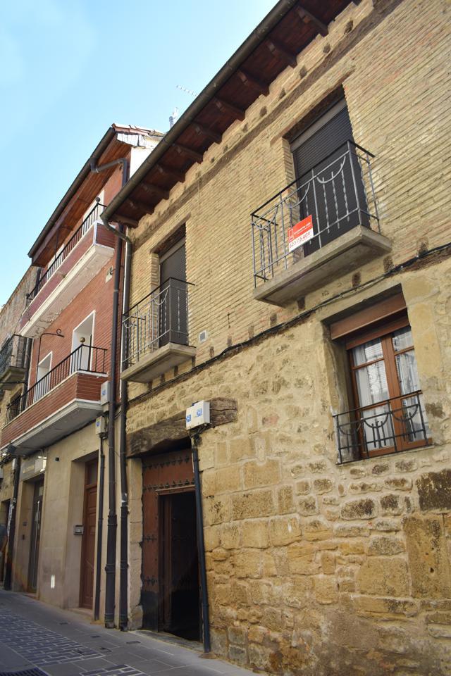 Casa / Chalet en venta en Laguardia de 464 m2. Ref: C3045